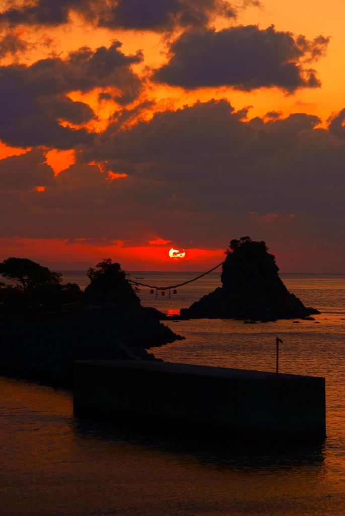 黎明.jpg